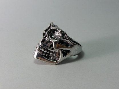 masivni prsten za muškarce lobanja bajkerska