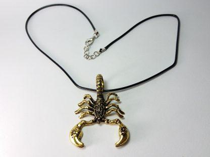 ogrlica za muškarce sa priveskom škorpijom od hirurškog čelika