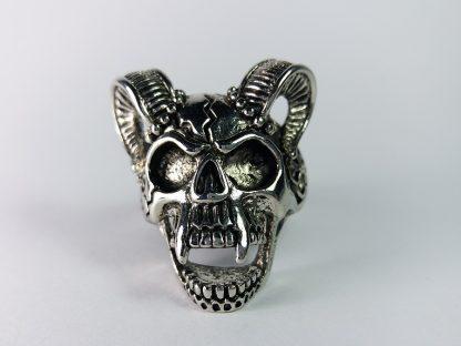 Prsten za Muškarce Kosturska Lobanja sa Rogovima od Medicinskog Čelika