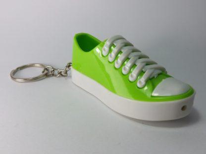 šaljiva igračka zelena patika sa šokerom shocker privezak