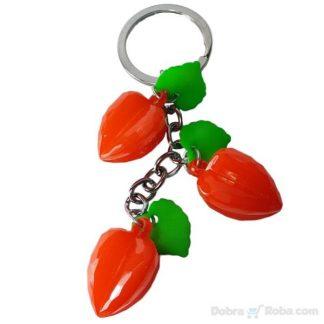 jagoda privezak za ključeve tri crvene jagodice privesci za ključeve