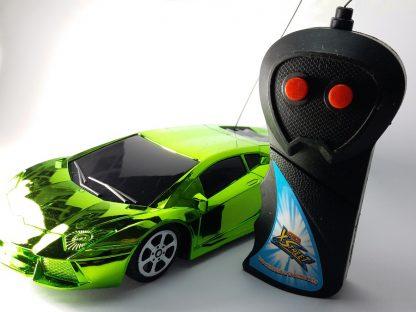 sportski auto igračka dečija najjeftiniji autići na daljinsko upravljanje